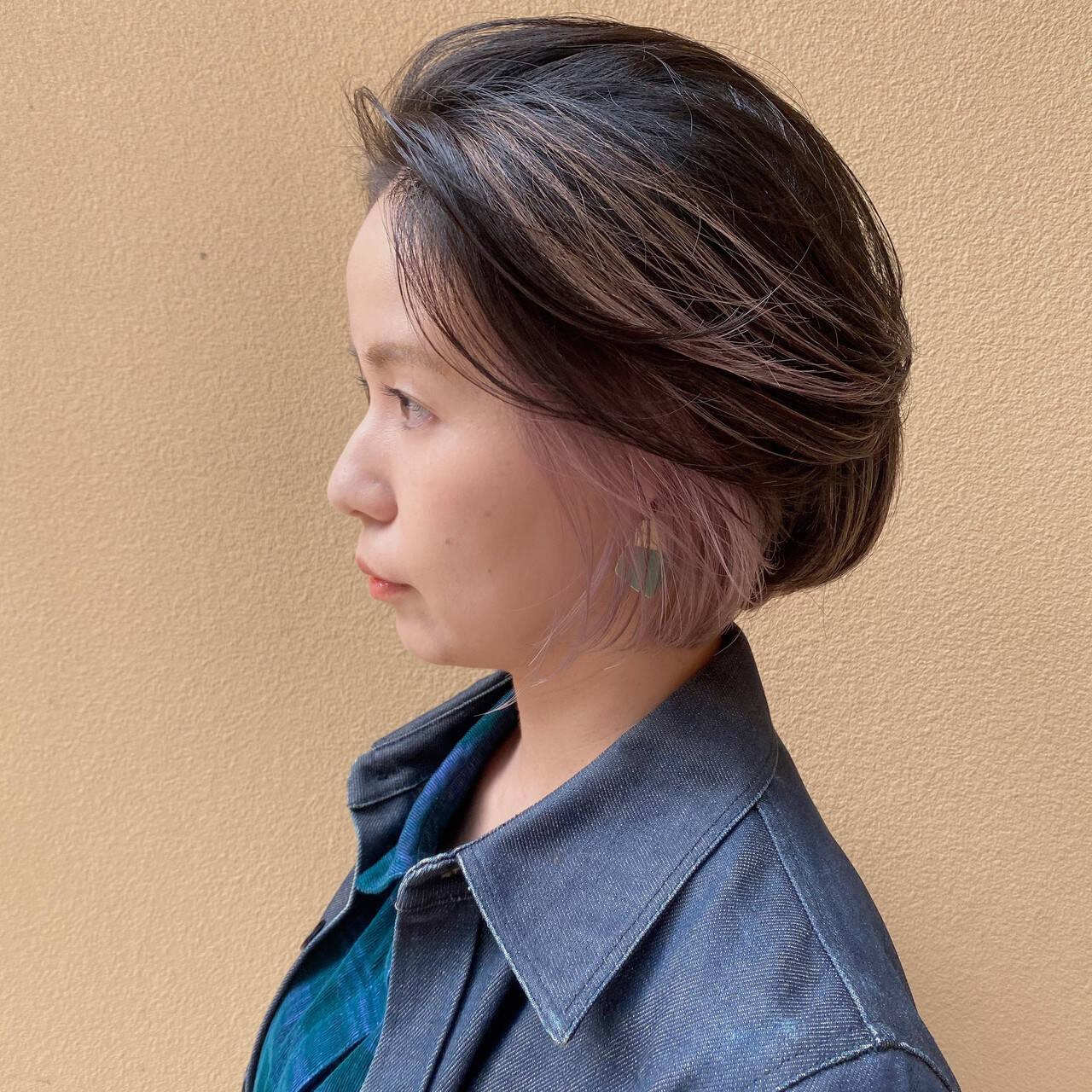 ショートボブ ストリート インナーピンク ダブルカラーヘアスタイルや髪型の写真・画像