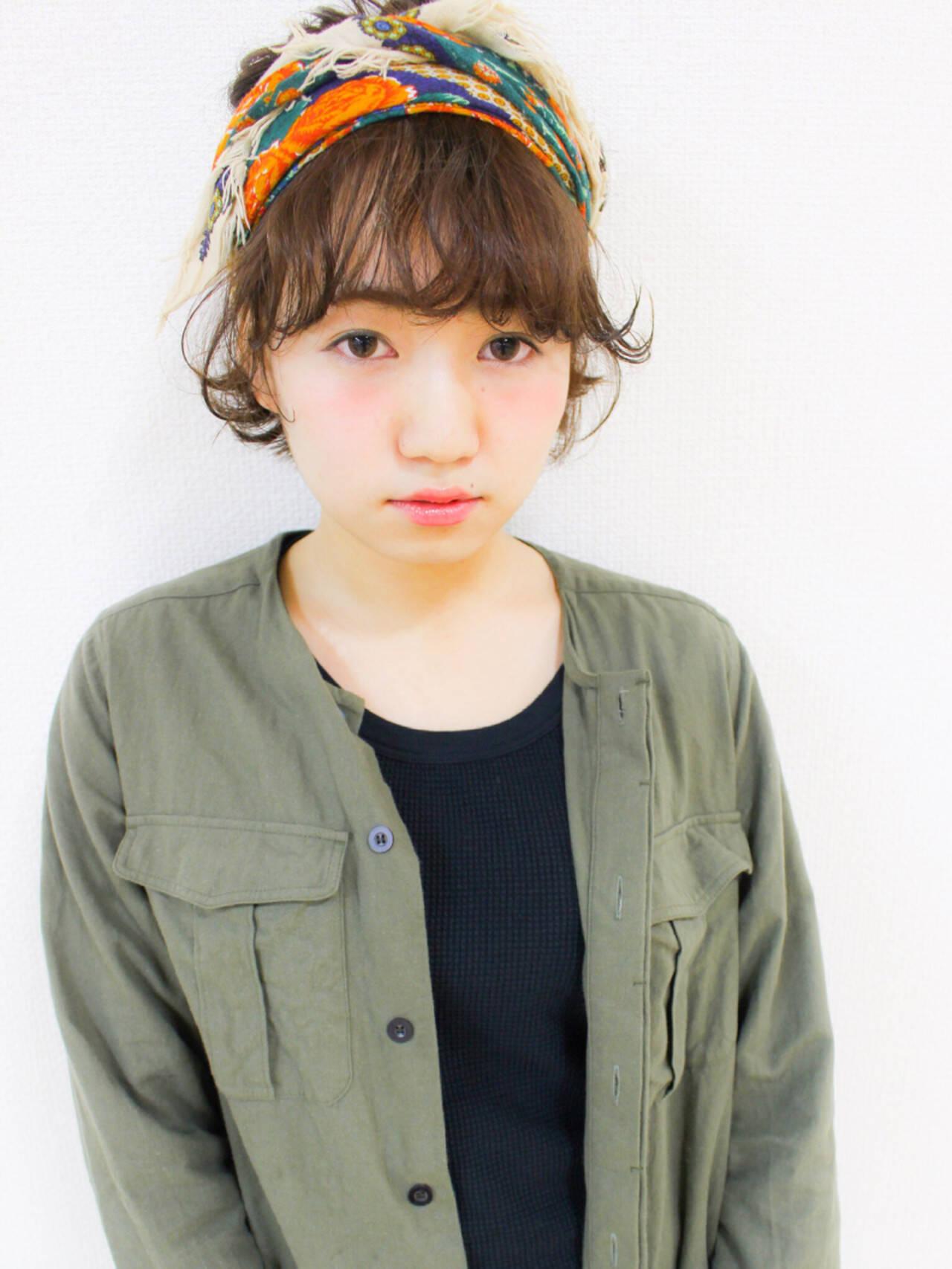 小顔 ガーリー ショート ヘアアクセヘアスタイルや髪型の写真・画像