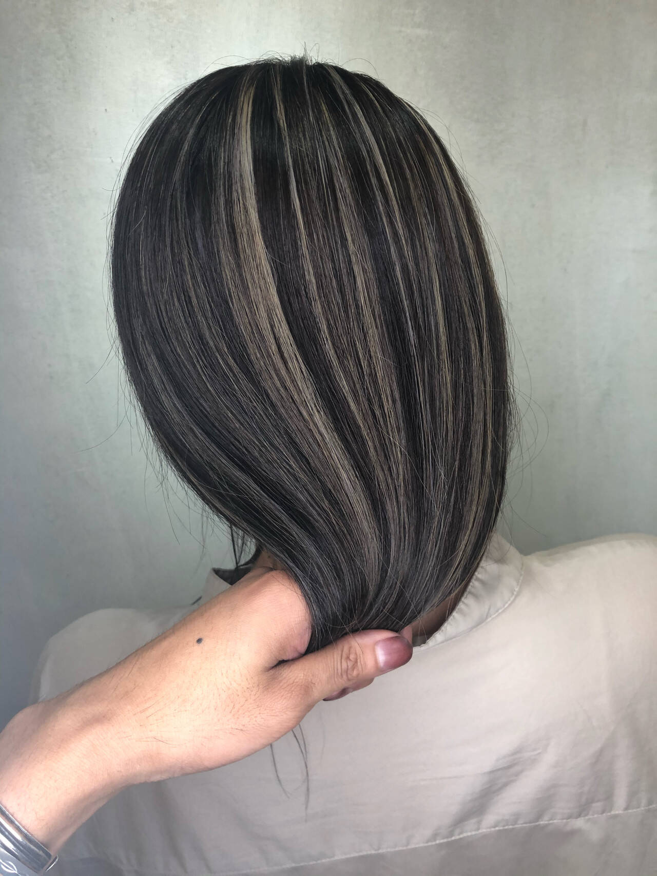 ハイライト 3Dハイライト 大人ハイライト ナチュラルヘアスタイルや髪型の写真・画像
