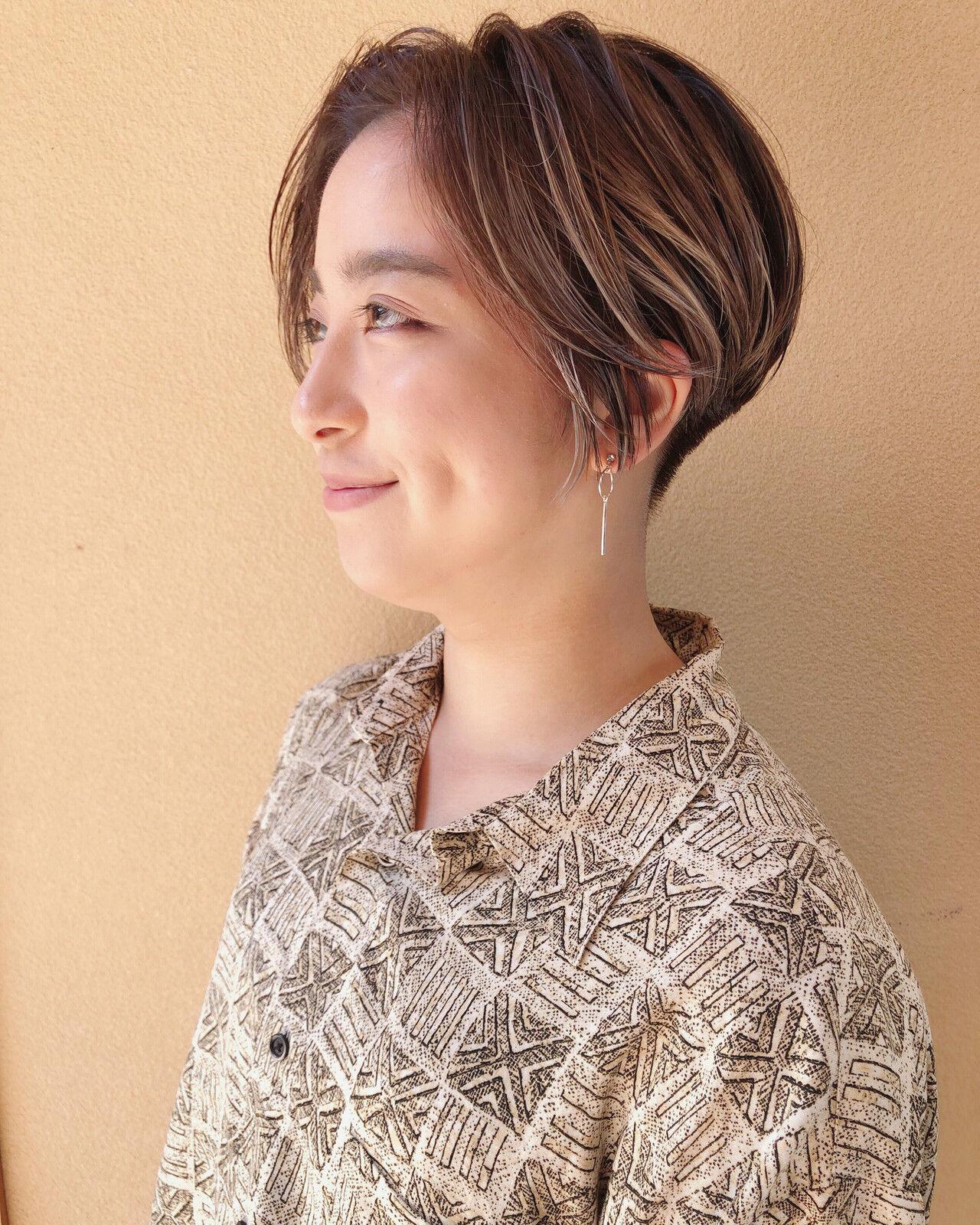 ハイライト ミルクティーベージュ ハンサムショート ストリートヘアスタイルや髪型の写真・画像