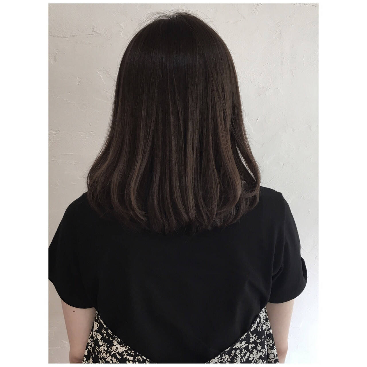 ナチュラル くすみカラー グレージュ ベージュヘアスタイルや髪型の写真・画像