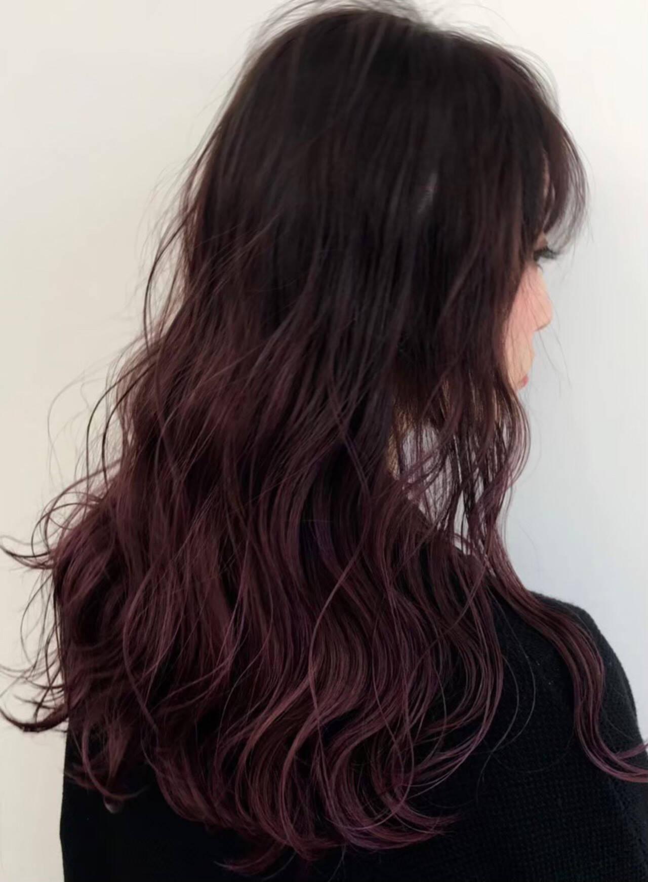 グラデーションカラー ストリート ゆるウェーブ ピンクバイオレットヘアスタイルや髪型の写真・画像