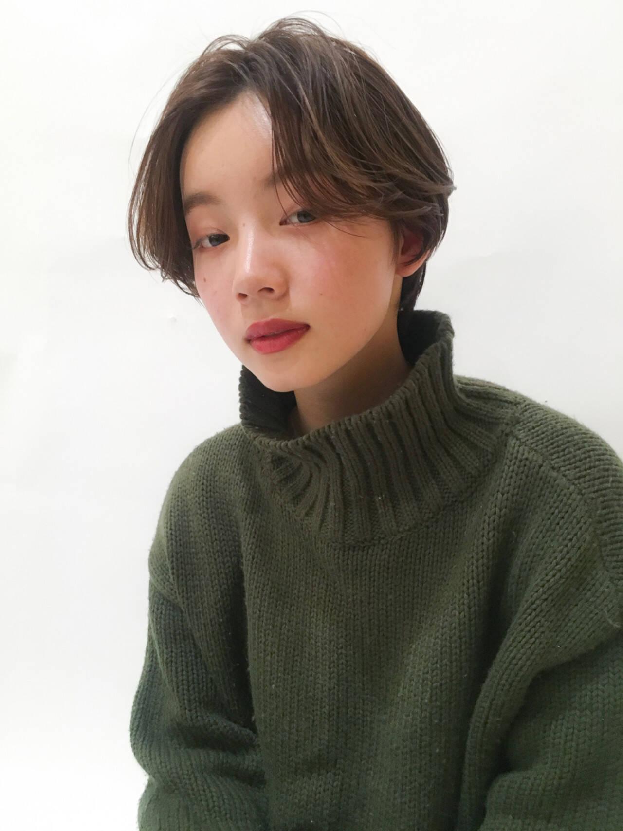 デート ナチュラル ショート ハイライトヘアスタイルや髪型の写真・画像