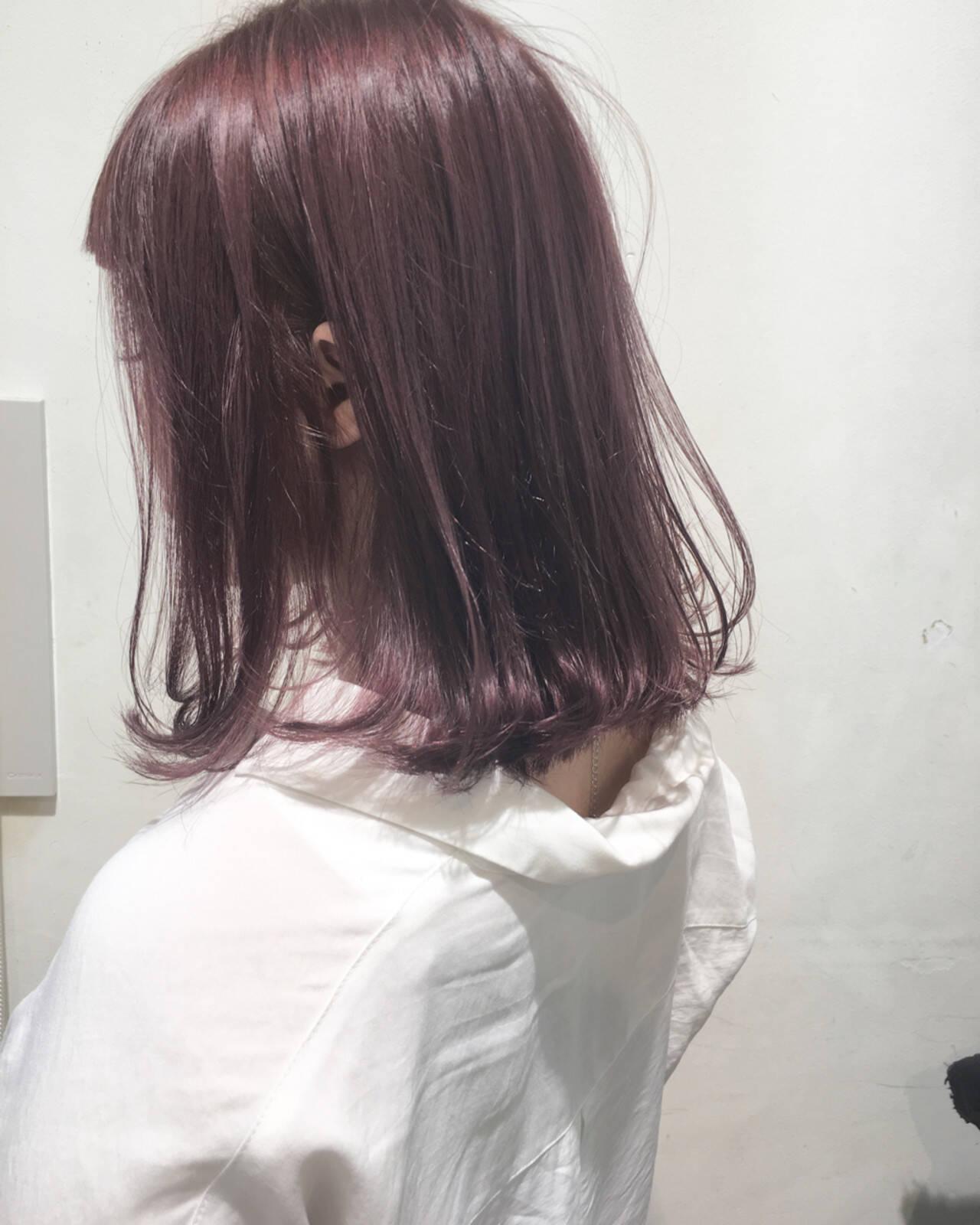 ミディアム ボブ フェミニン ピンクヘアスタイルや髪型の写真・画像