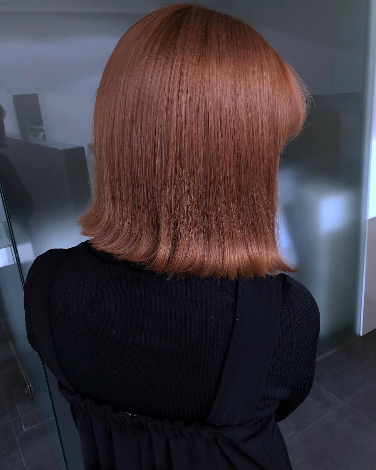 切りっぱなしボブ ナチュラル ピンクベージュ ボブヘアスタイルや髪型の写真・画像
