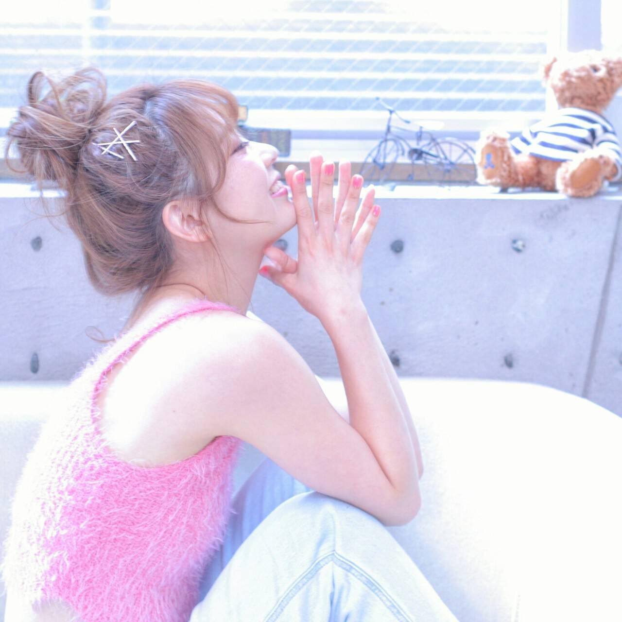 メッシーバン ヘアピン ピュア ヘアアレンジヘアスタイルや髪型の写真・画像