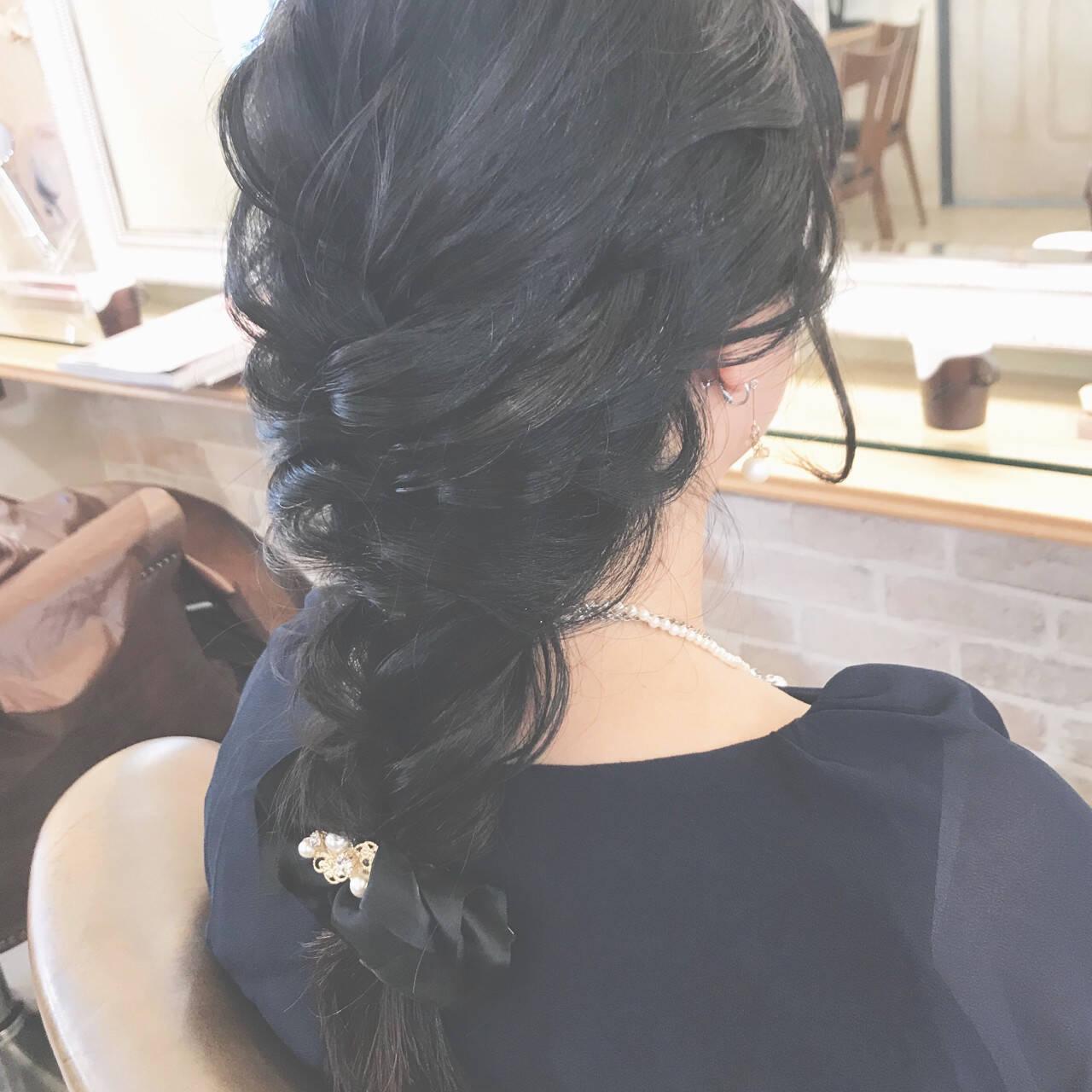 簡単ヘアアレンジ 結婚式 上品 ロングヘアスタイルや髪型の写真・画像
