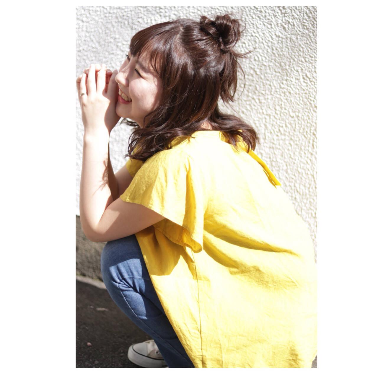 ヘアアレンジ ゆるふわ お団子 ナチュラルヘアスタイルや髪型の写真・画像