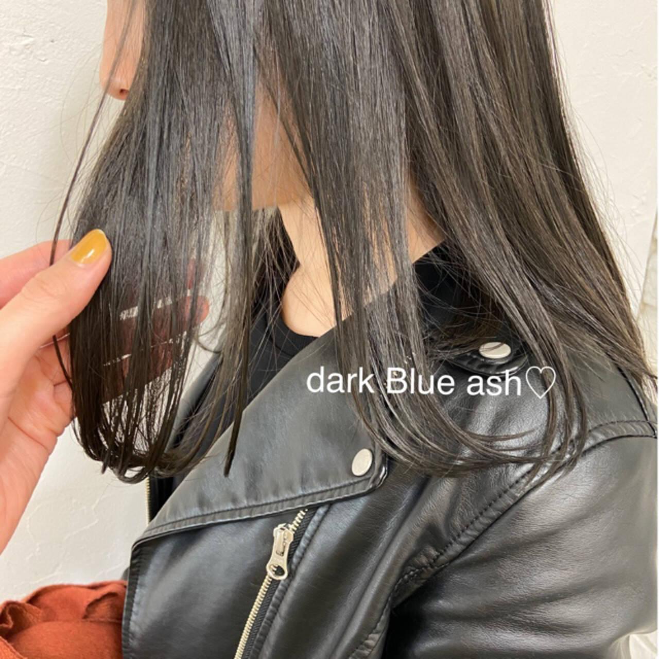 ナチュラル ブルーブラック ストレート 暗髪ヘアスタイルや髪型の写真・画像