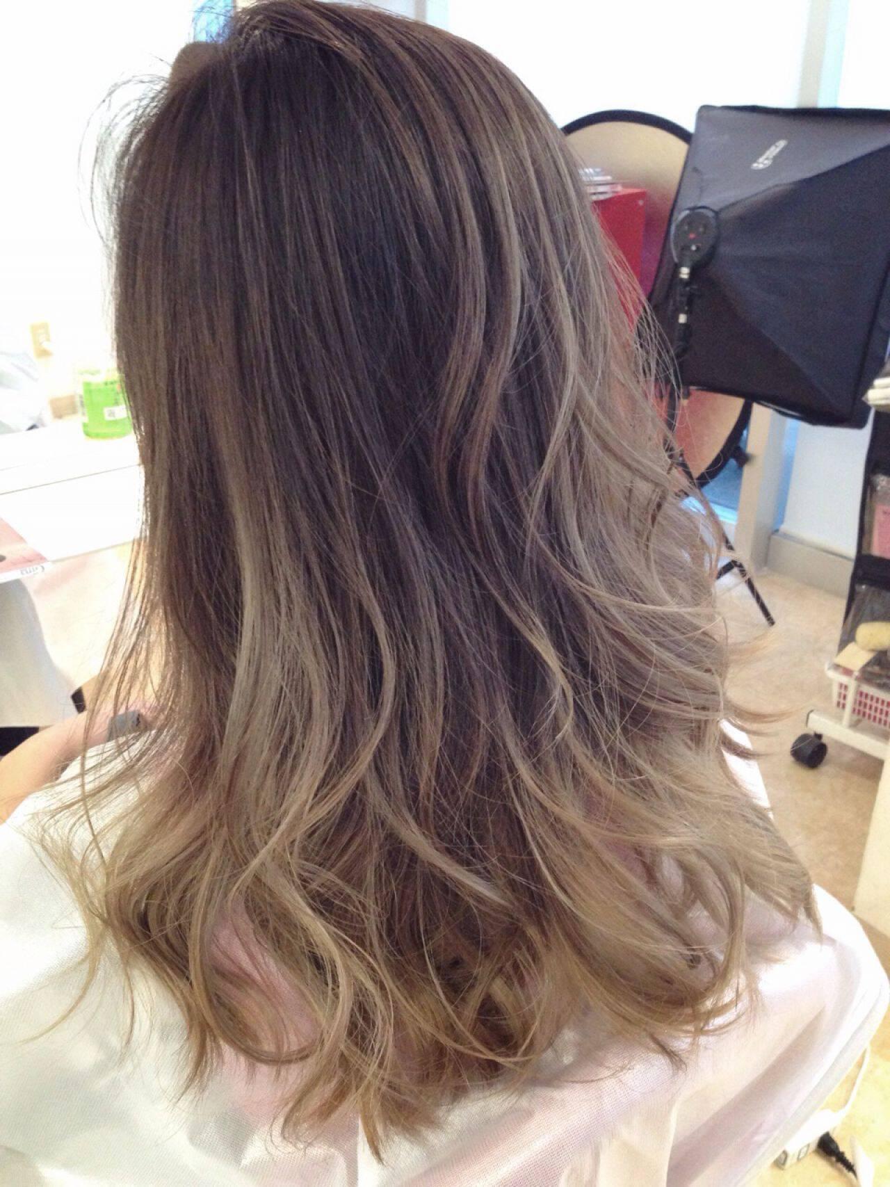 ガーリー 黒髪 秋 ストリートヘアスタイルや髪型の写真・画像