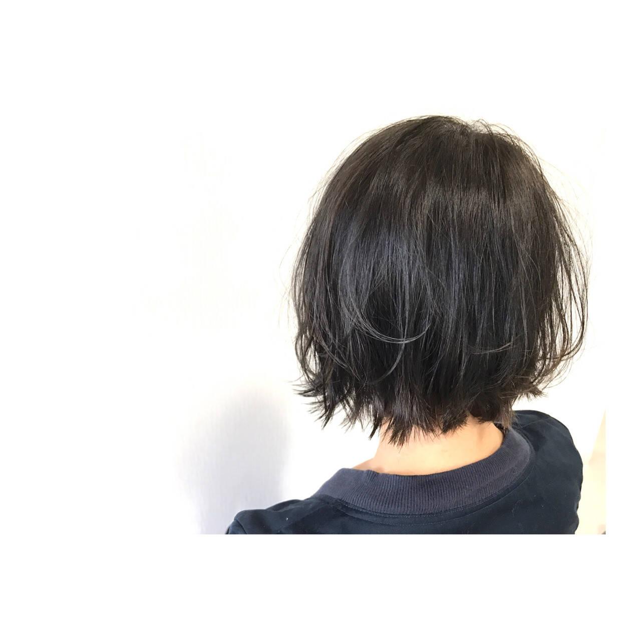 ボブ 簡単ヘアアレンジ オフィス スポーツヘアスタイルや髪型の写真・画像