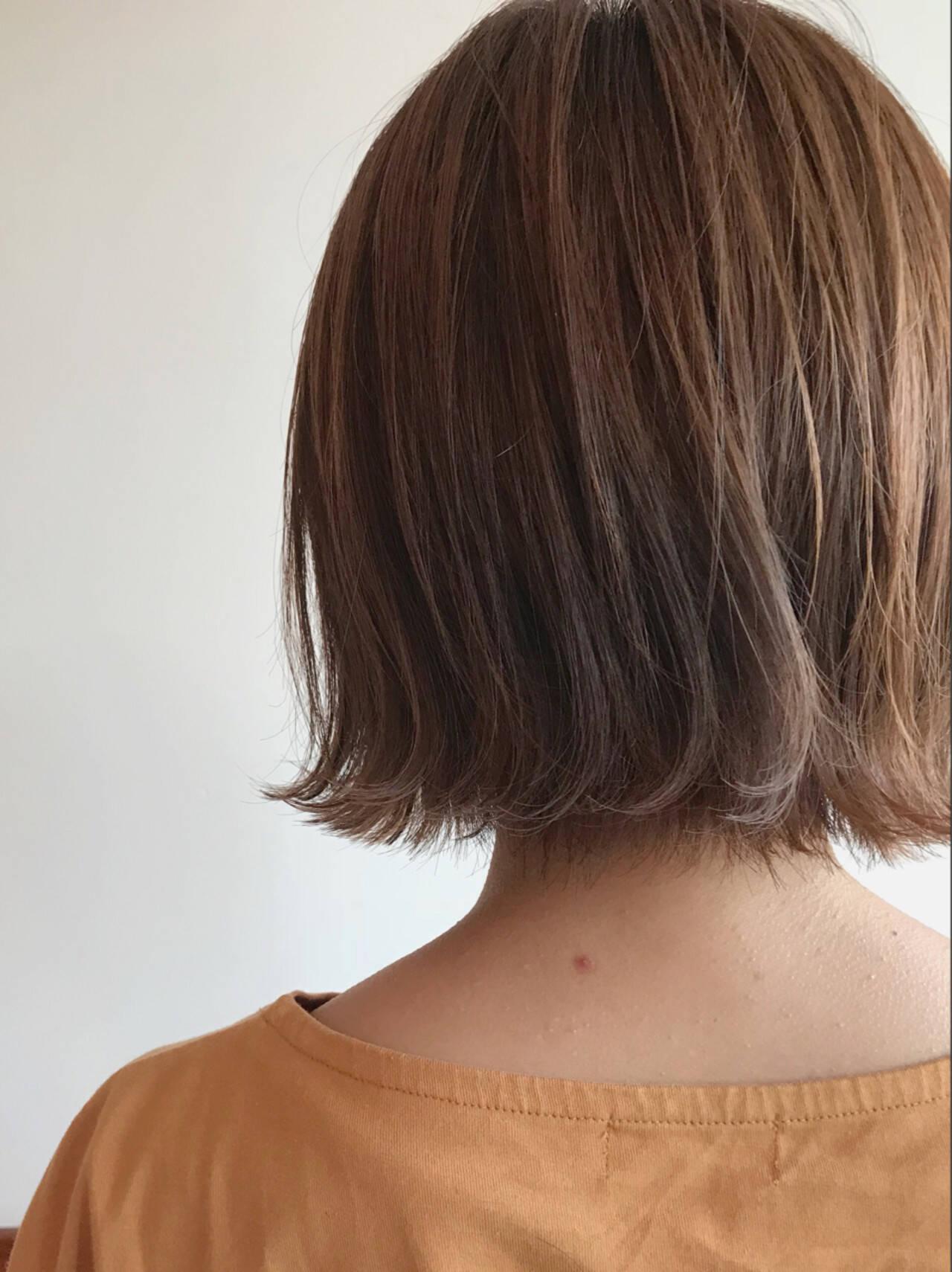 抜け感 伸ばしかけ 外ハネ ナチュラルヘアスタイルや髪型の写真・画像
