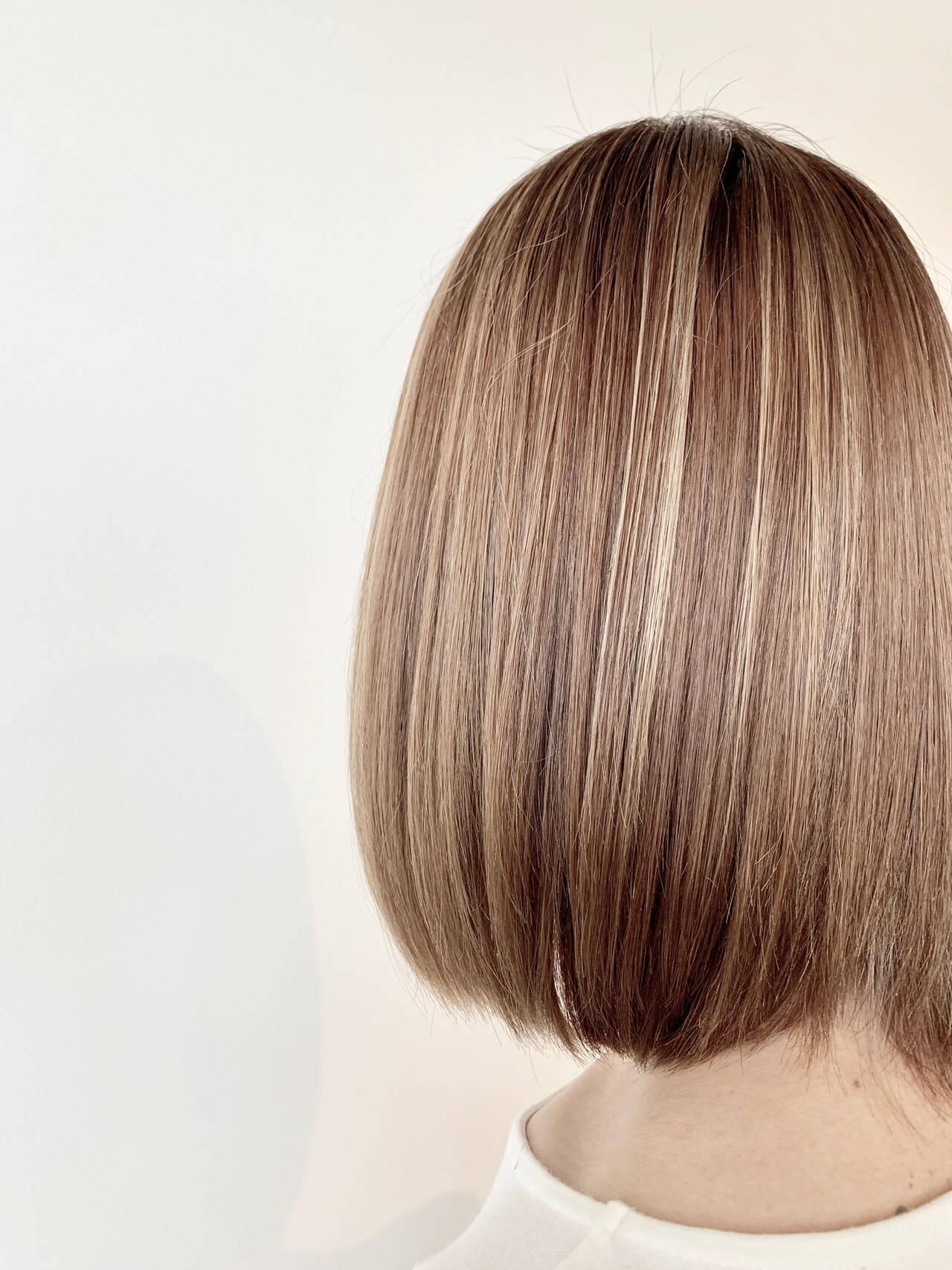ブリーチ 髪質改善 ハイライト ミルクティーベージュヘアスタイルや髪型の写真・画像