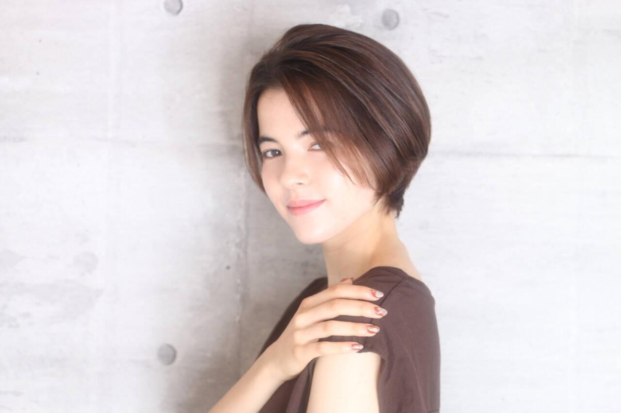 ベリーショート ミニボブ ショートヘア フェミニンヘアスタイルや髪型の写真・画像