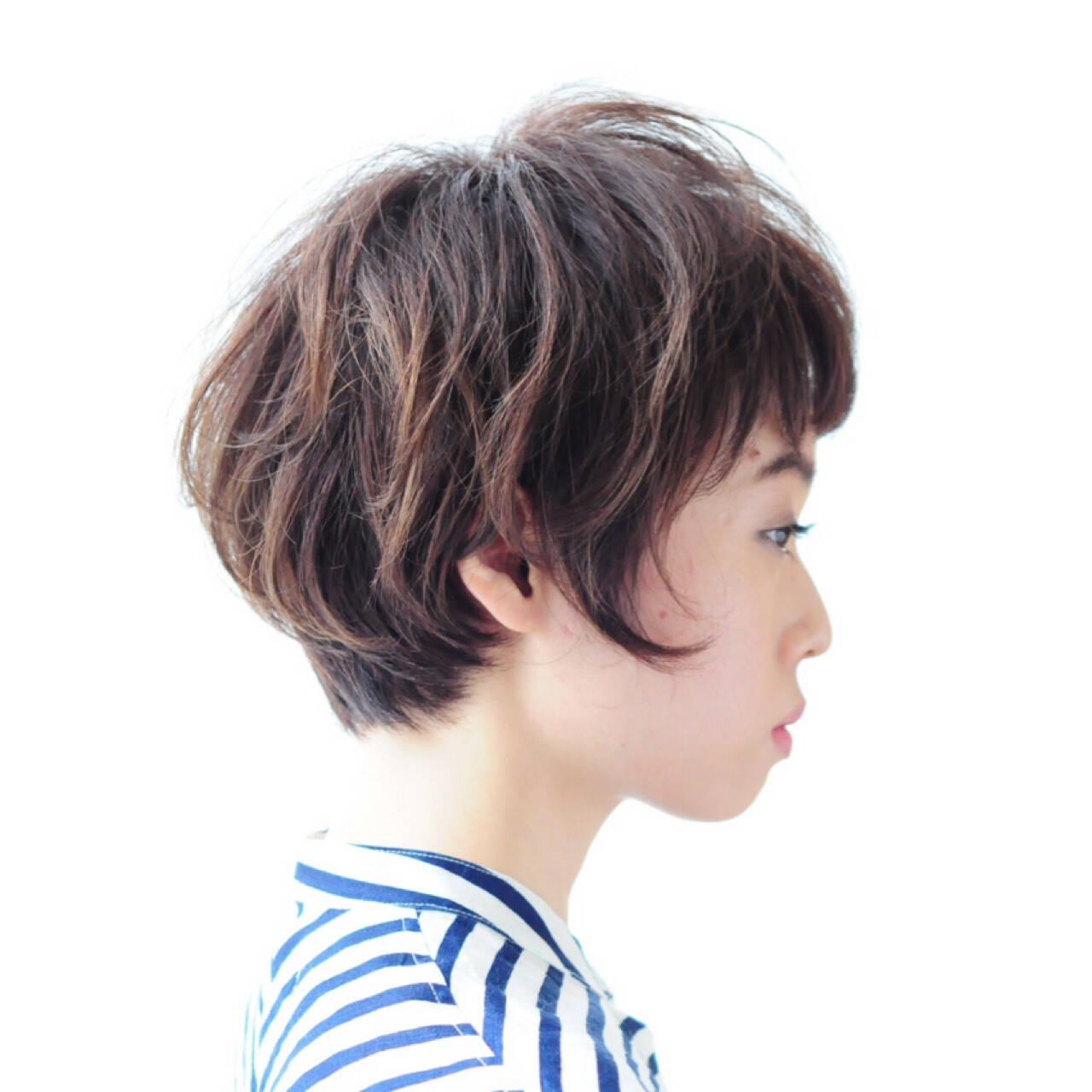 ナチュラル 大人女子 前髪あり 小顔ヘアスタイルや髪型の写真・画像