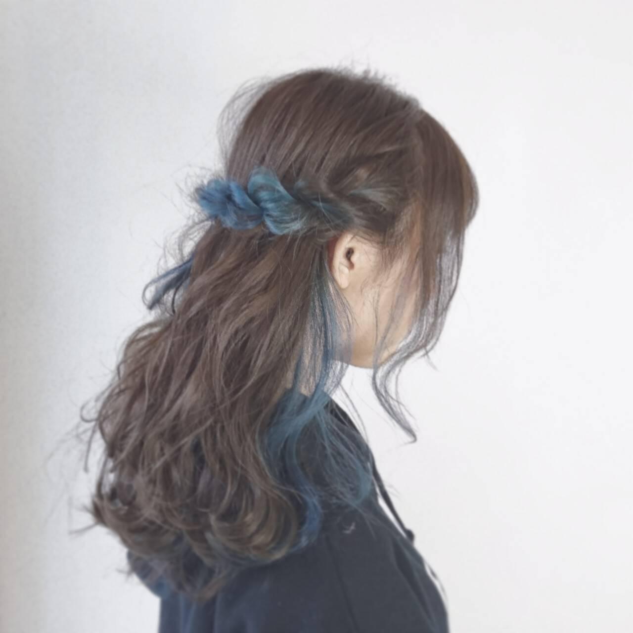 アッシュ インナーカラー ロープ編み ヘアアレンジヘアスタイルや髪型の写真・画像