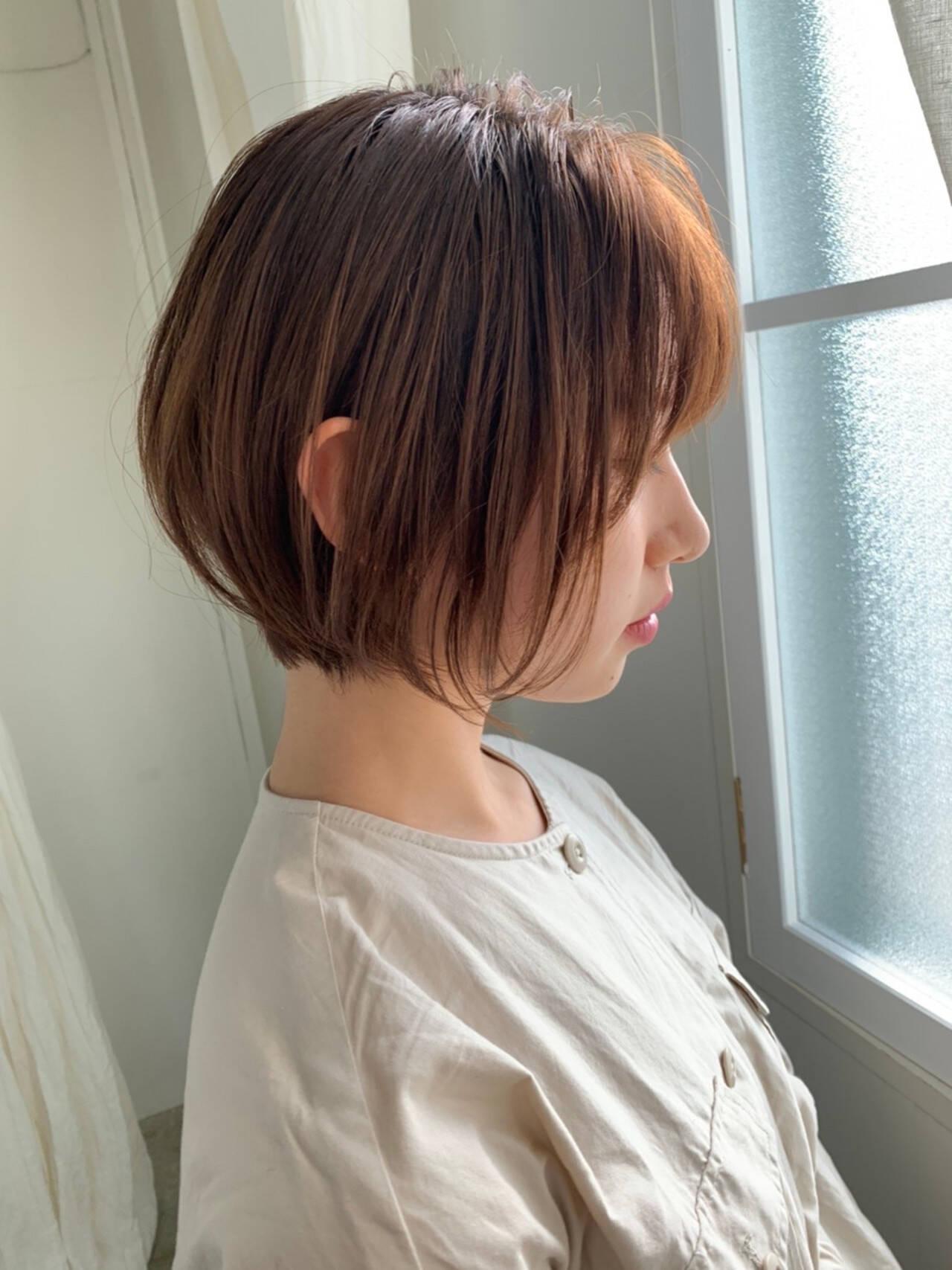 ショートヘア モテボブ ミニボブ まとまるボブヘアスタイルや髪型の写真・画像
