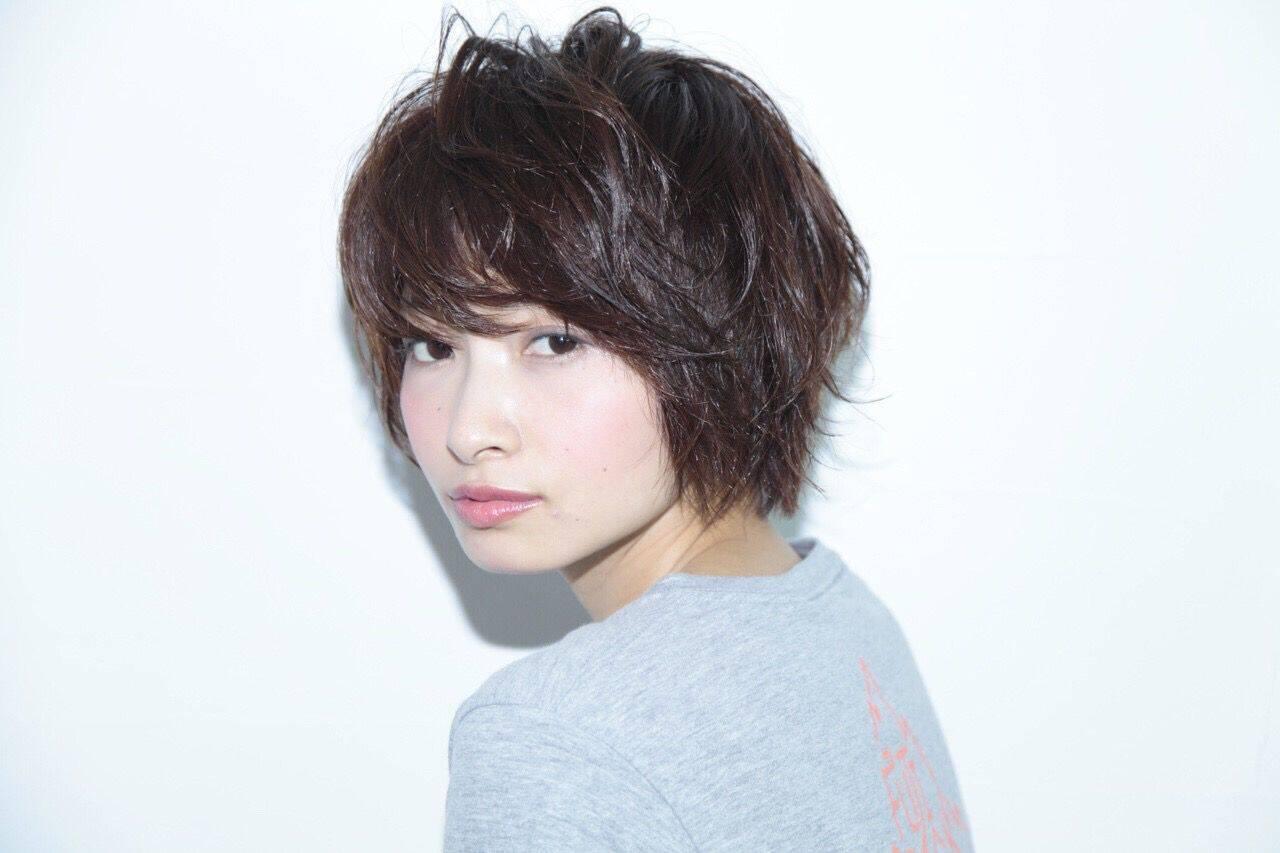ショート パンク ストリート 暗髪ヘアスタイルや髪型の写真・画像