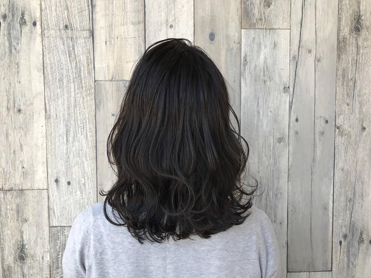 ヘアアレンジ ミディアム アッシュ 外国人風ヘアスタイルや髪型の写真・画像