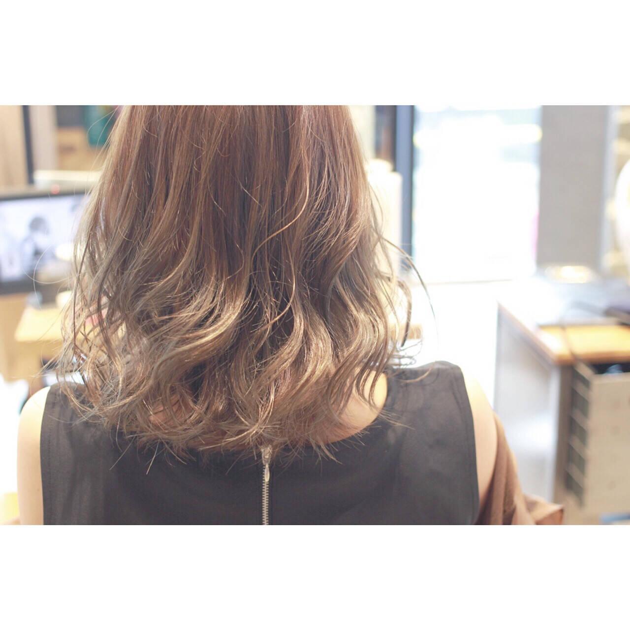 ゆるふわ ハイライト フェミニン 大人かわいいヘアスタイルや髪型の写真・画像