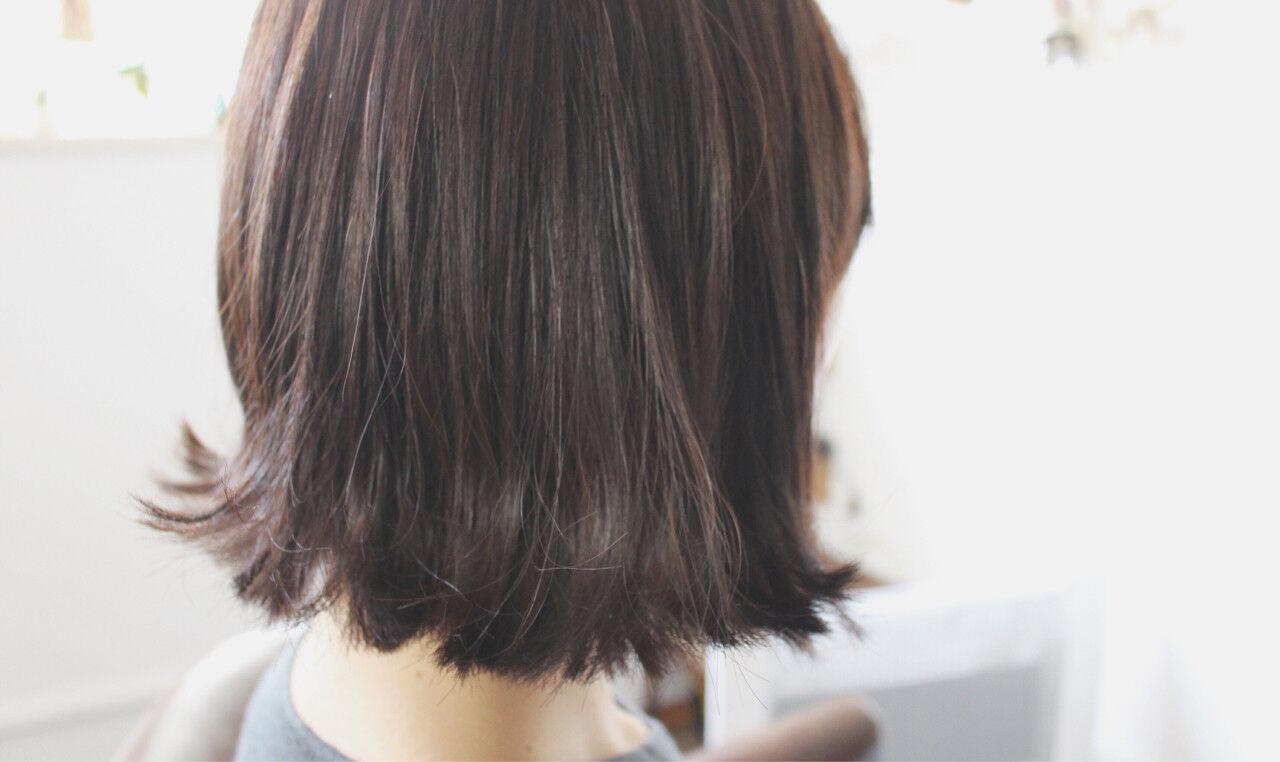 ボブ 切りっぱなし アッシュ ナチュラルヘアスタイルや髪型の写真・画像
