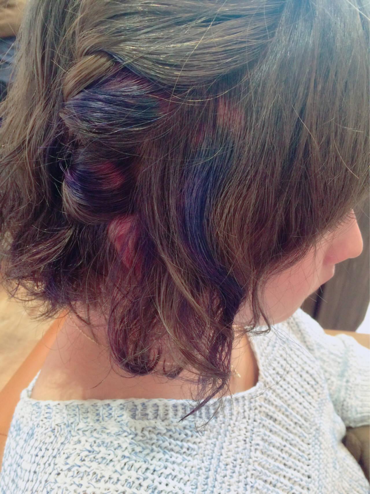 パープル メッシュ グレージュ セミロングヘアスタイルや髪型の写真・画像