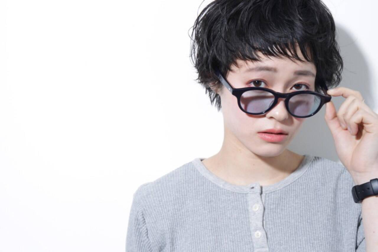 黒髪 ナチュラル ショートバング ベリーショートヘアスタイルや髪型の写真・画像