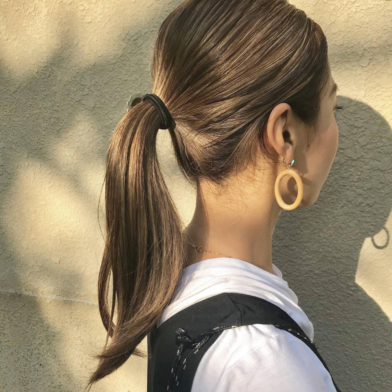 アウトドア アンニュイほつれヘア ロング デートヘアスタイルや髪型の写真・画像