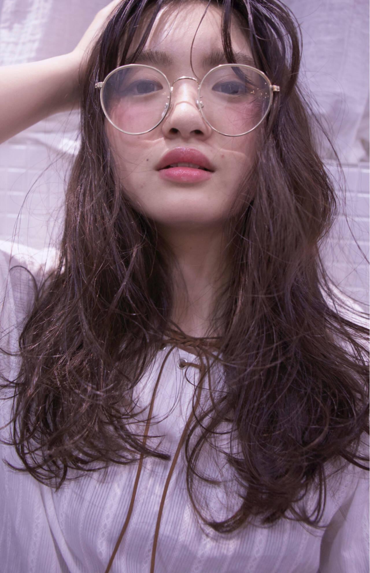 パーマ シースルーバング ゆるふわ ピュアヘアスタイルや髪型の写真・画像