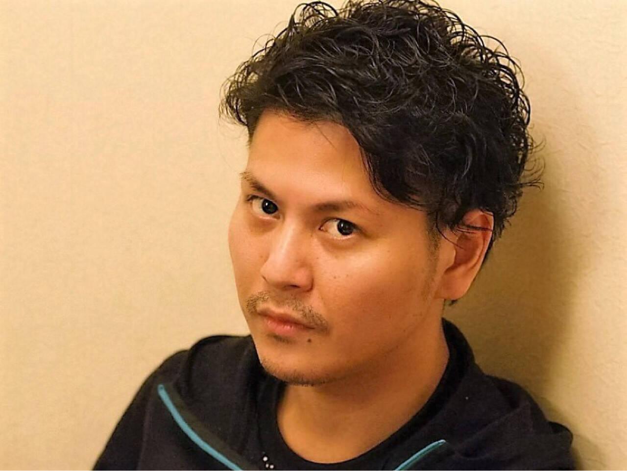 ボーイッシュ 黒髪 ショート メンズヘアスタイルや髪型の写真・画像