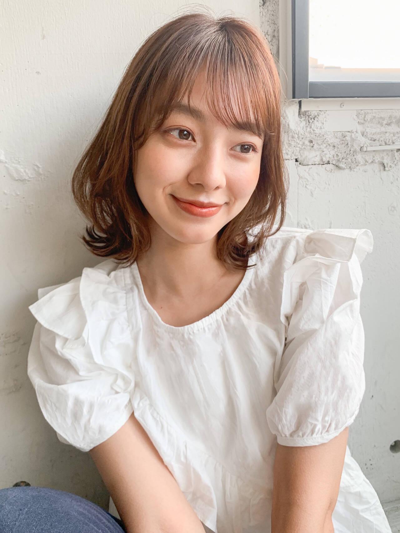 韓国ヘア 外ハネ ナチュラル 透明感カラーヘアスタイルや髪型の写真・画像