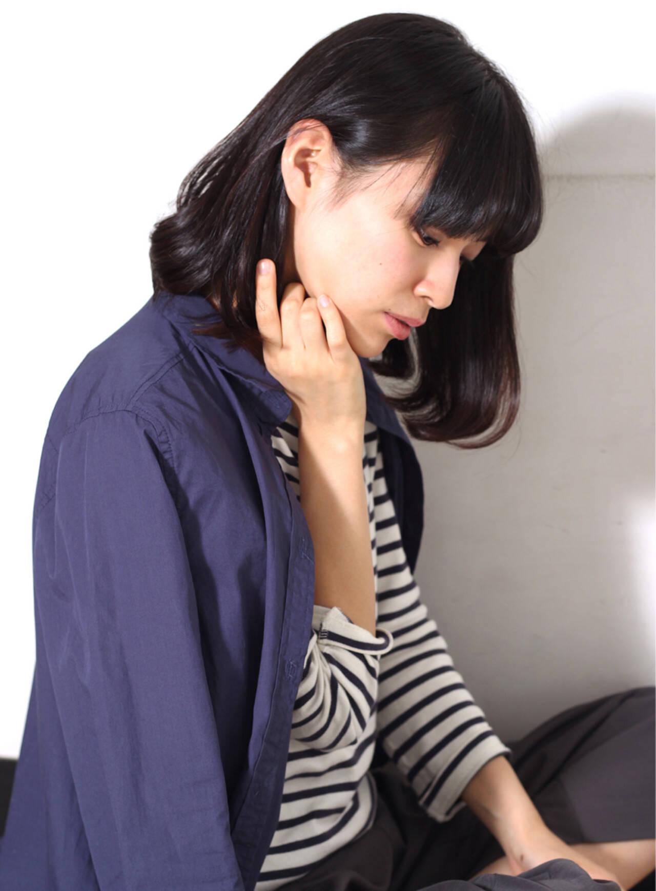 フェミニン ナチュラル 大人かわいい 暗髪ヘアスタイルや髪型の写真・画像