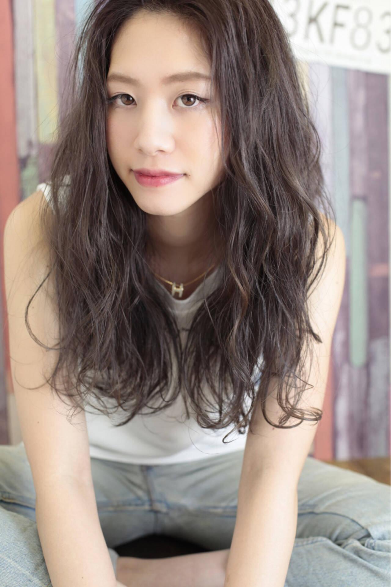 ロング アッシュ 外国人風 ダブルカラーヘアスタイルや髪型の写真・画像