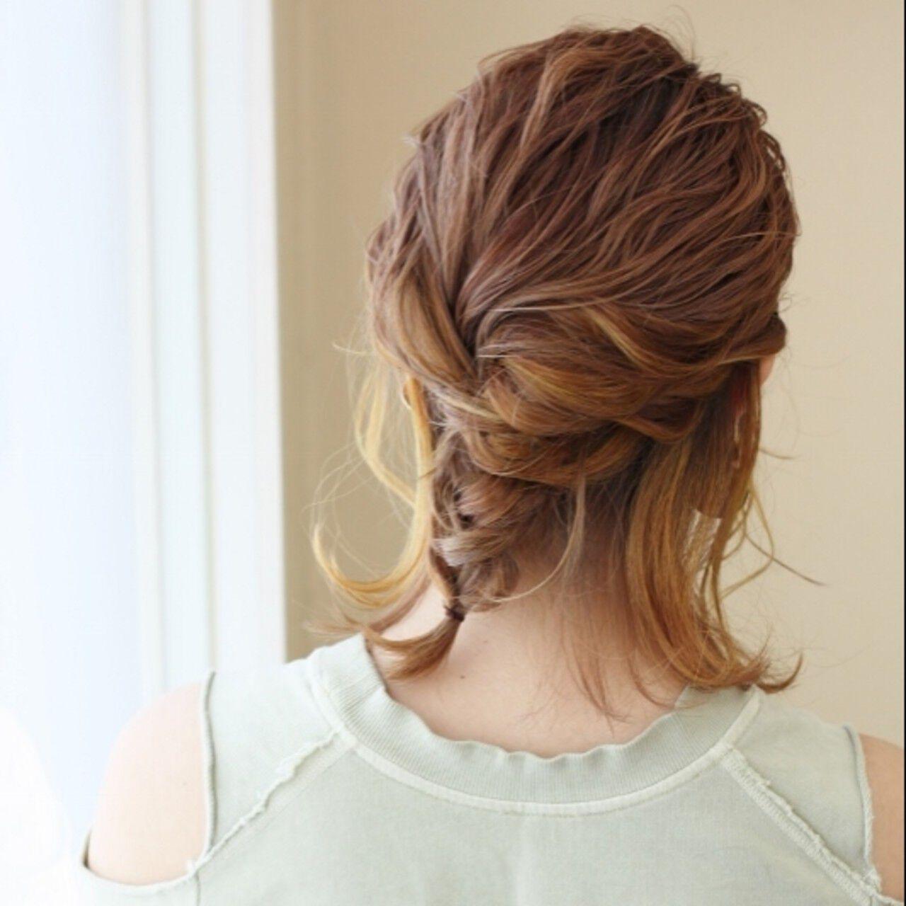 ロープ編み 簡単ヘアアレンジ ミディアム 編みおろしヘアスタイルや髪型の写真・画像