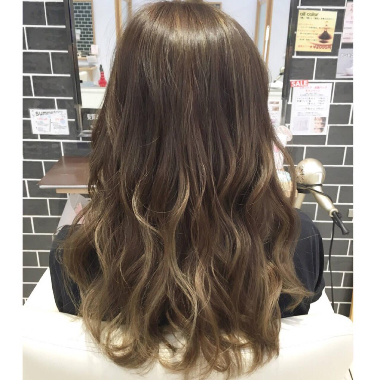 ロング ハイトーン ストリート ハイライトヘアスタイルや髪型の写真・画像