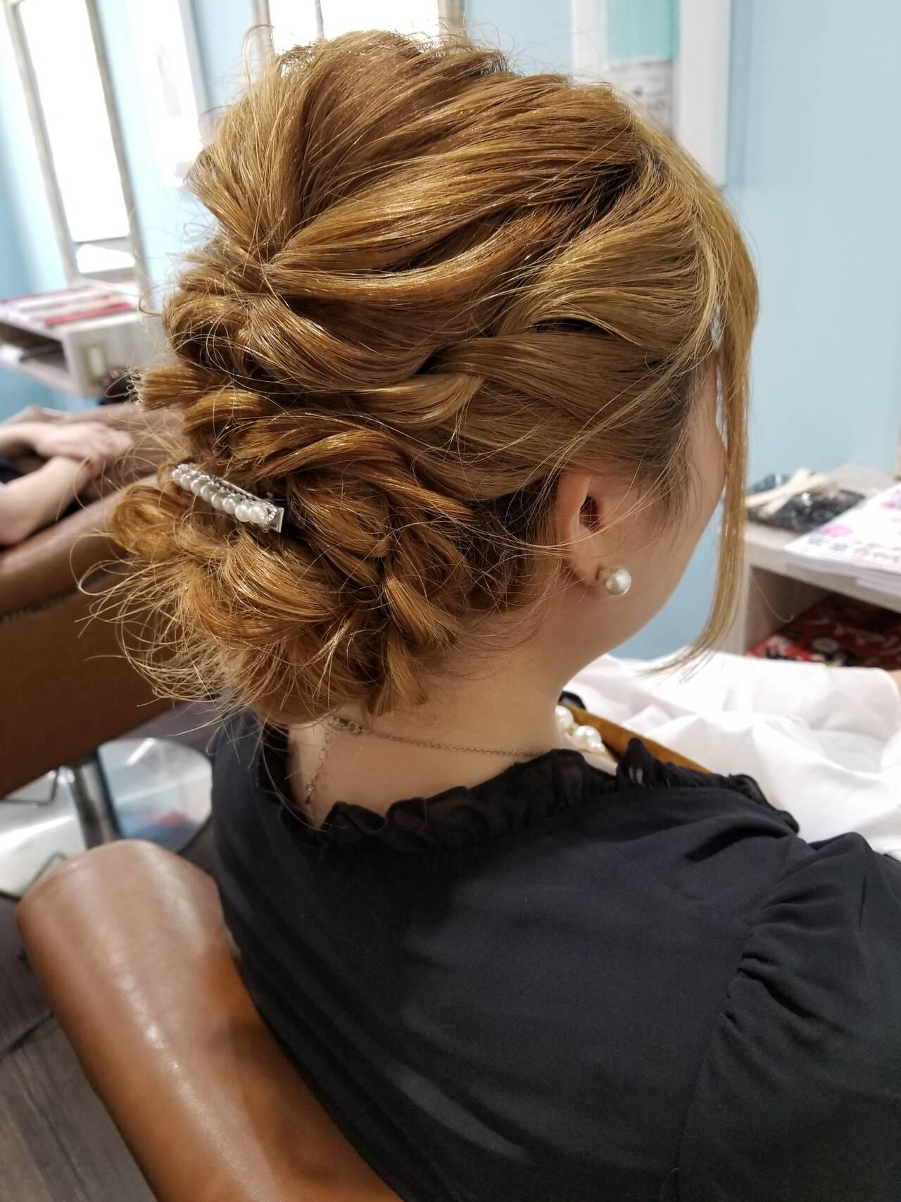 編み込み エレガント 二次会 ヘアアレンジヘアスタイルや髪型の写真・画像