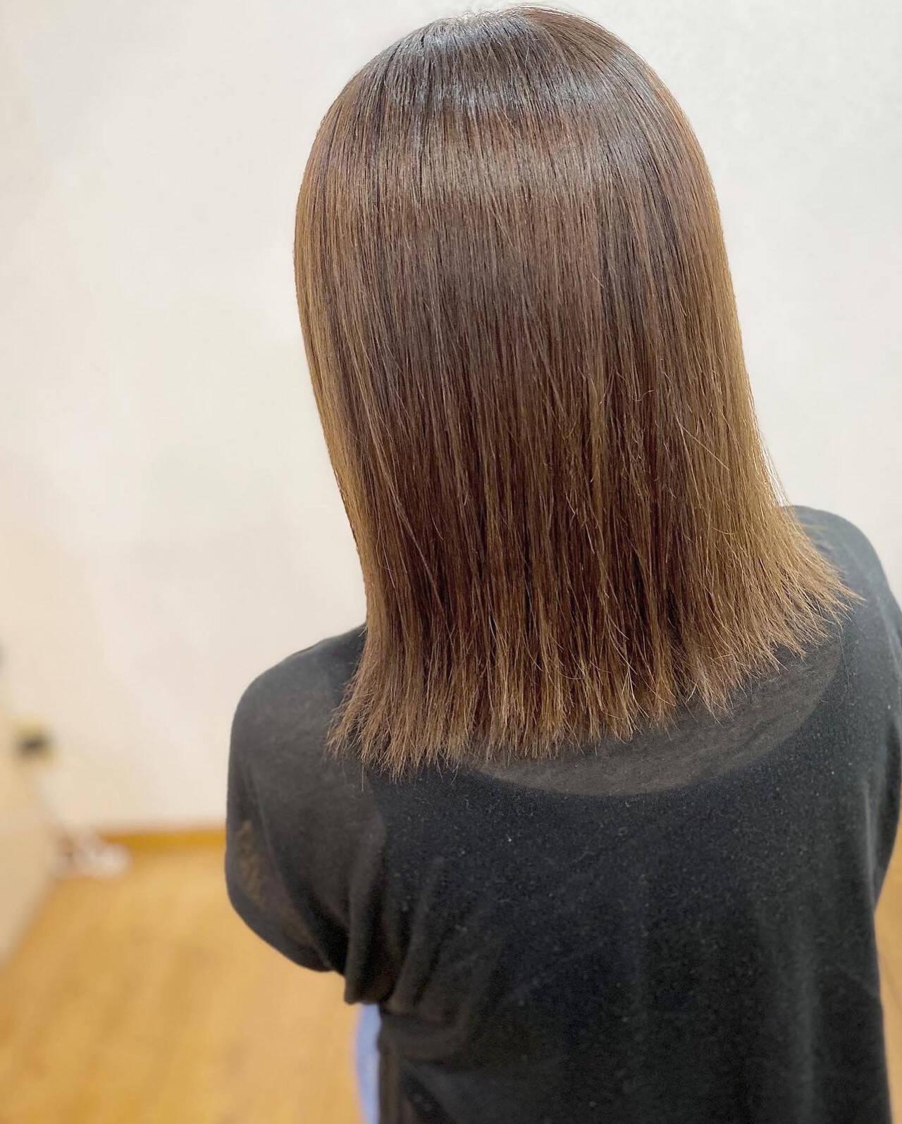 外ハネボブ 髪質改善 縮毛矯正 グレージュヘアスタイルや髪型の写真・画像