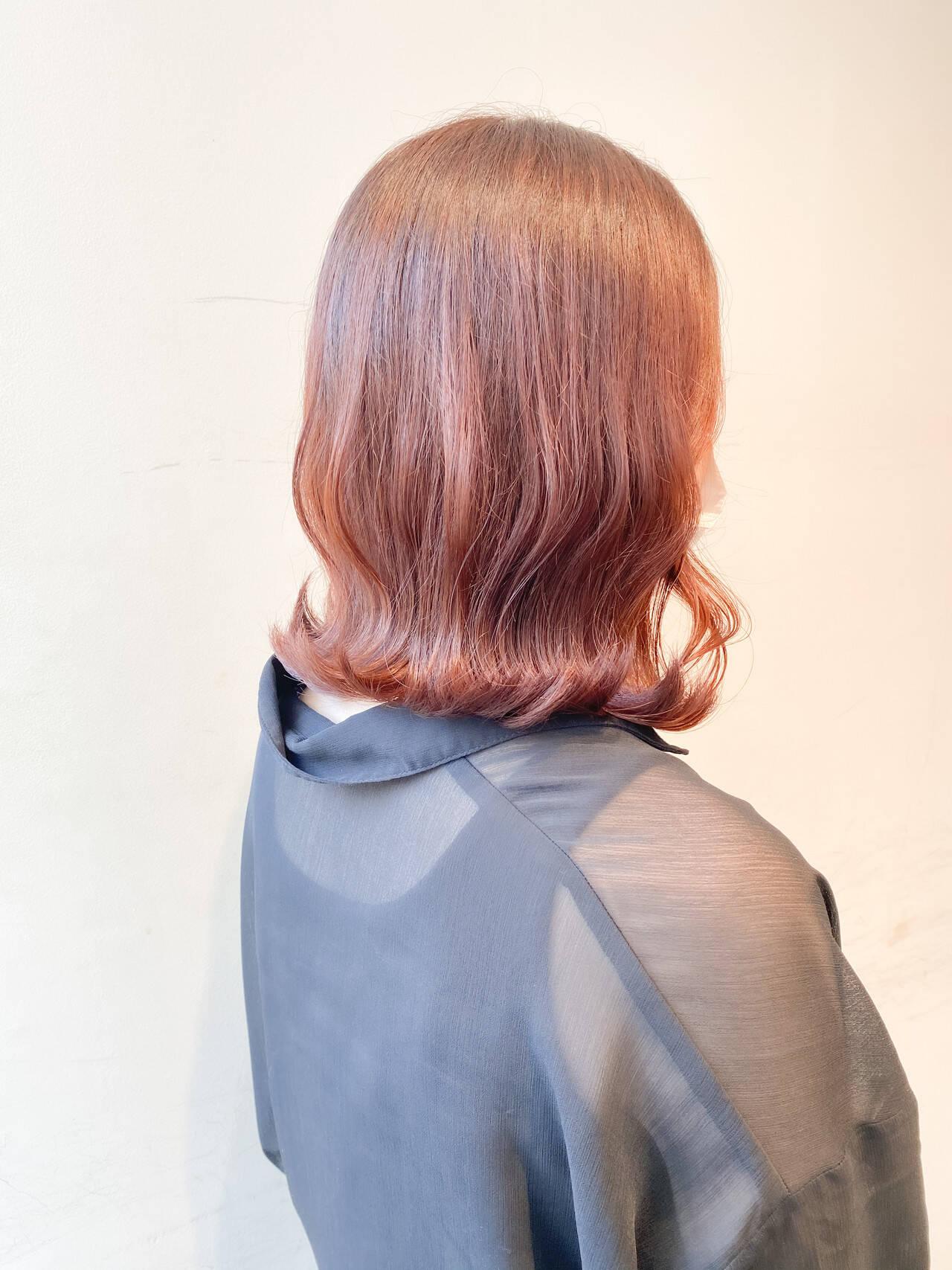 オレンジ ナチュラル オレンジベージュ ブリーチなしヘアスタイルや髪型の写真・画像