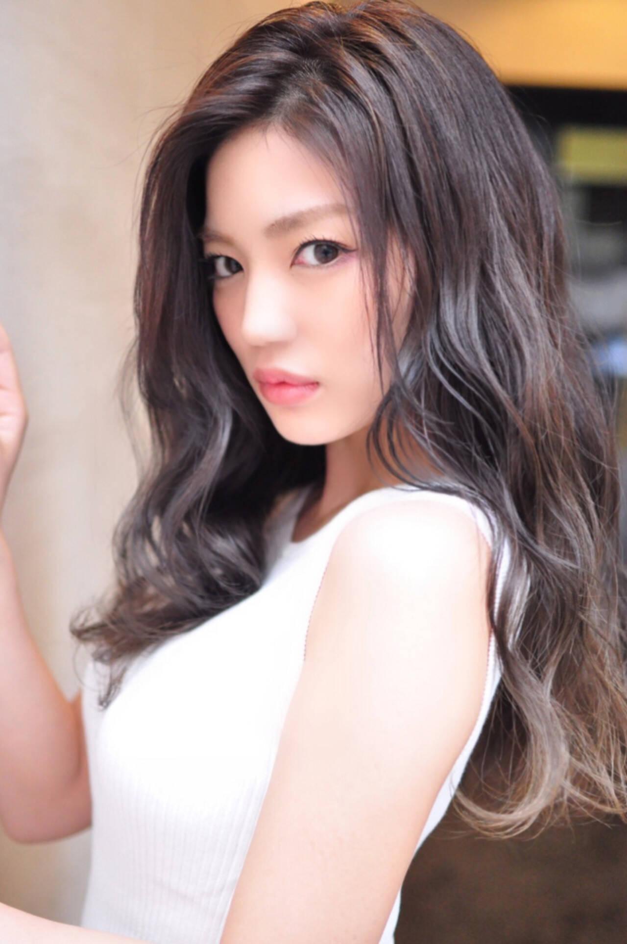 フェミニン グラデーションカラー 透明感 外国人風カラーヘアスタイルや髪型の写真・画像