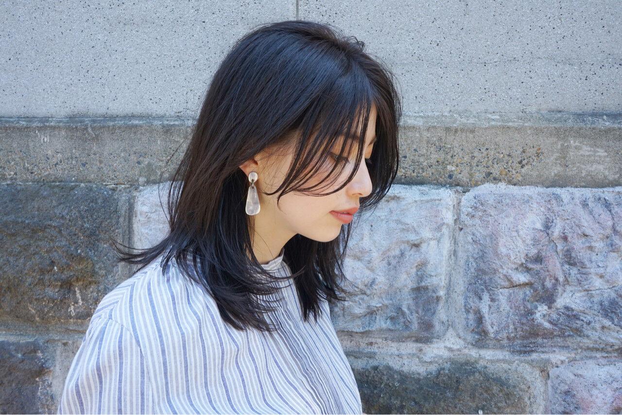 レイヤーカット 女子力 エフォートレス 外ハネヘアスタイルや髪型の写真・画像