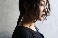 田中みな実さんもやってる♡大人の「紐巻きポニテ」がネクストブーム!