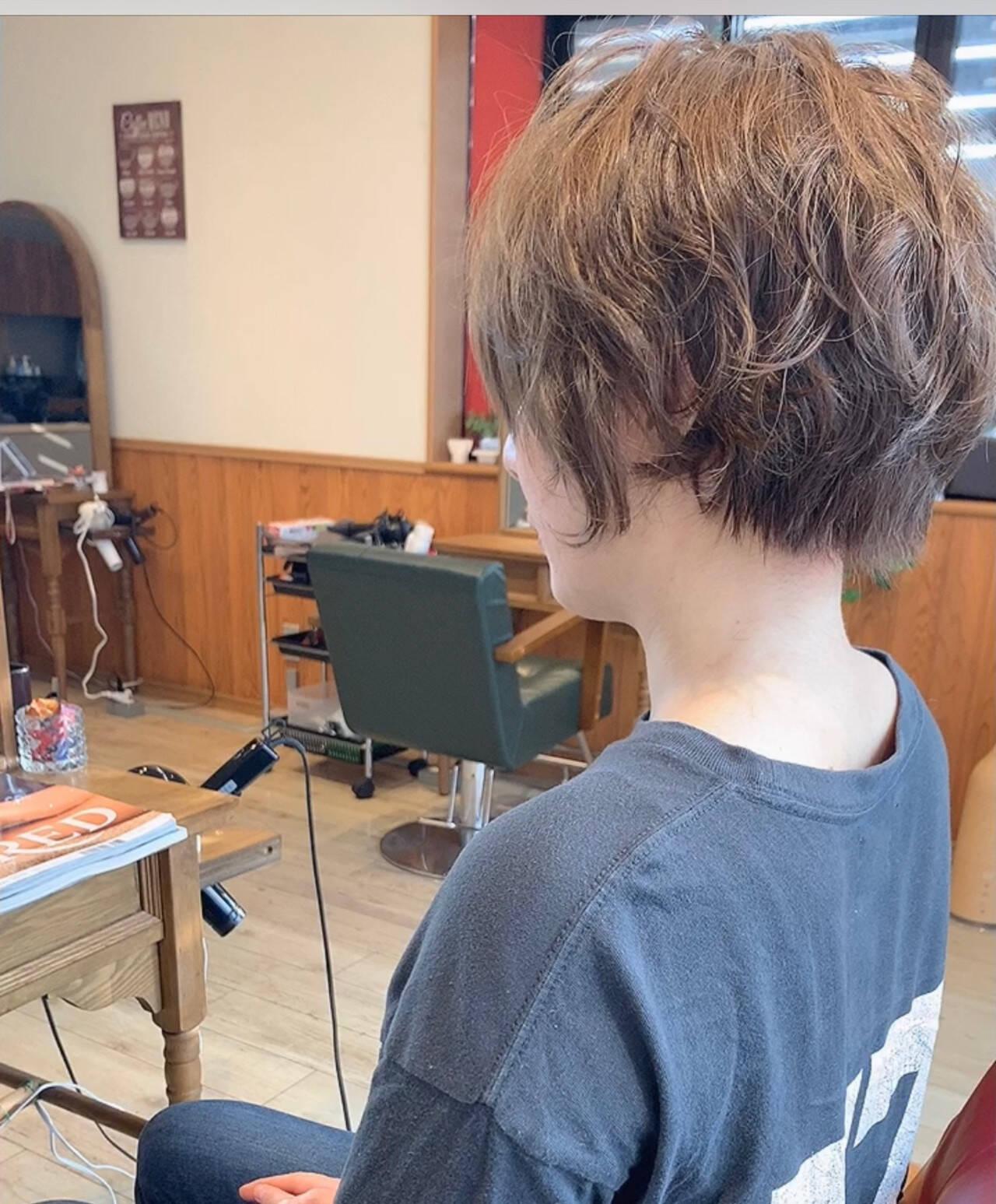 ミニボブ 切りっぱなしボブ ショート ショートヘアヘアスタイルや髪型の写真・画像