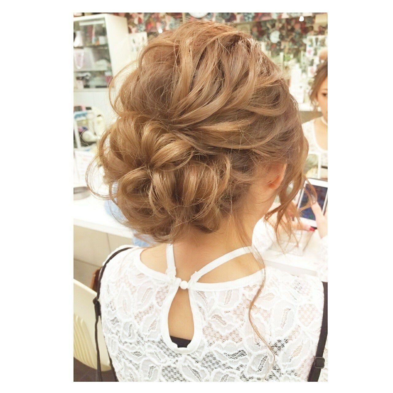 ミディアム ガーリー 冬 デートヘアスタイルや髪型の写真・画像