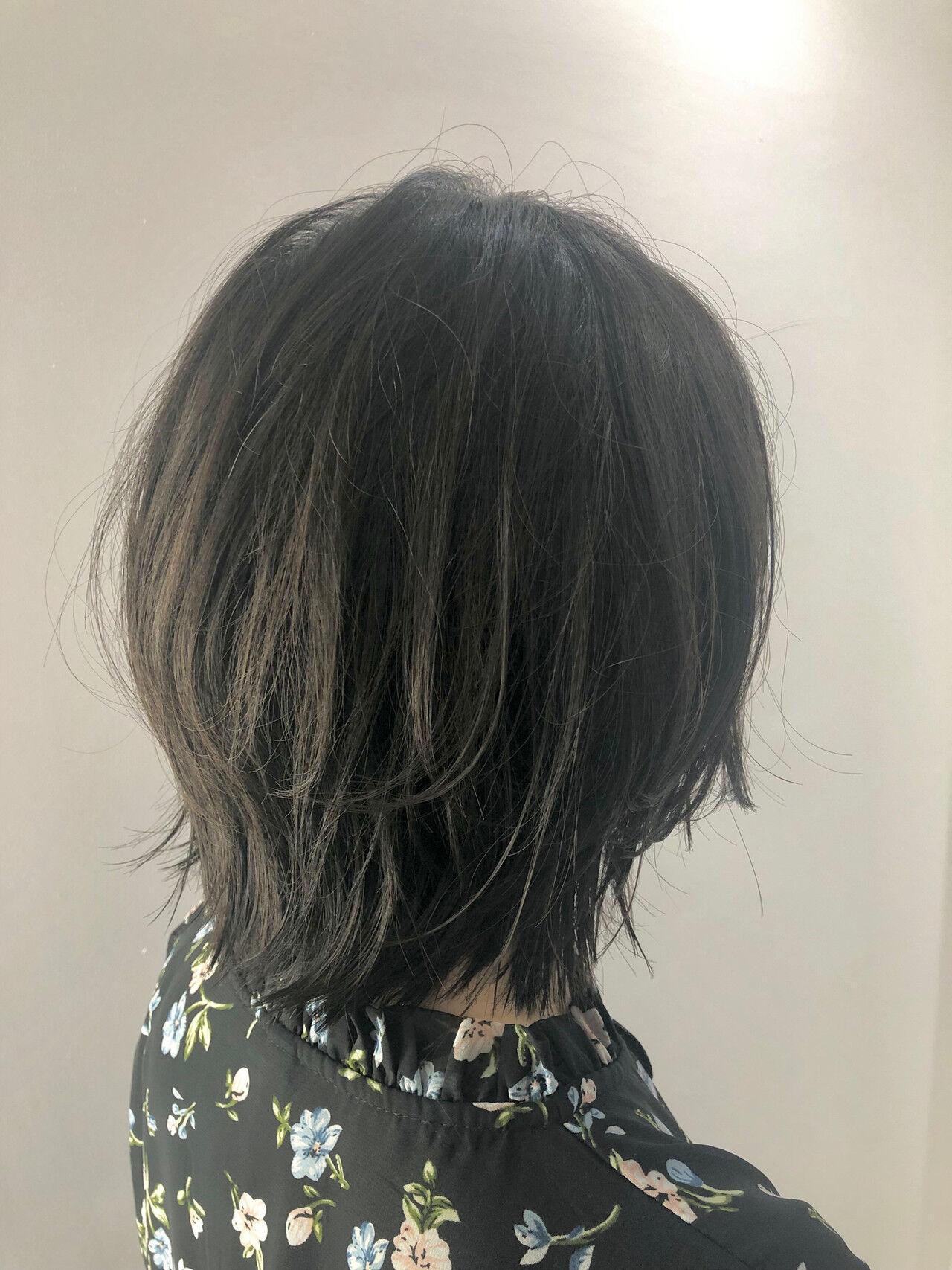 ナチュラル ボブ 艶カラー レイヤーボブヘアスタイルや髪型の写真・画像