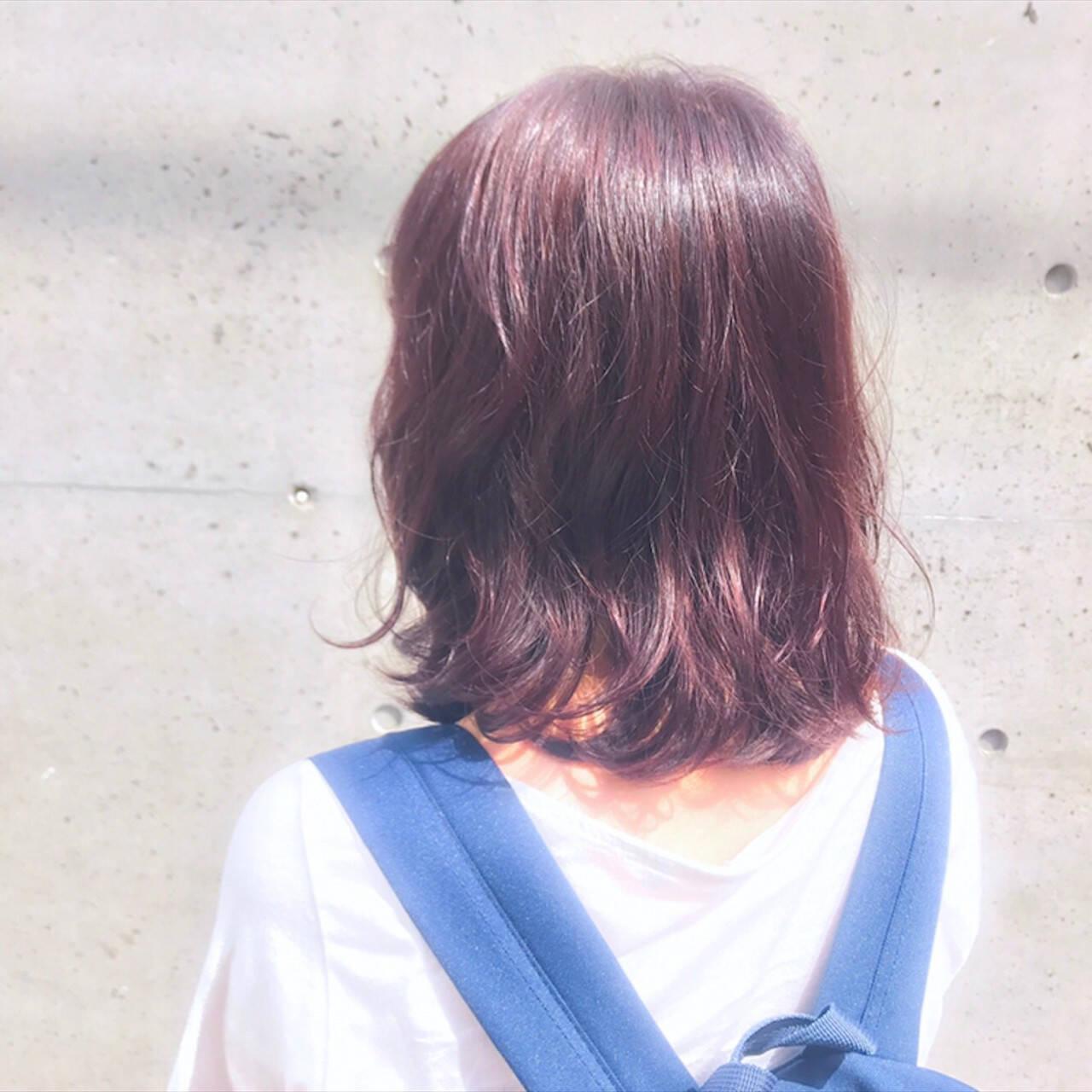 パープル デート 秋 ミディアムヘアスタイルや髪型の写真・画像
