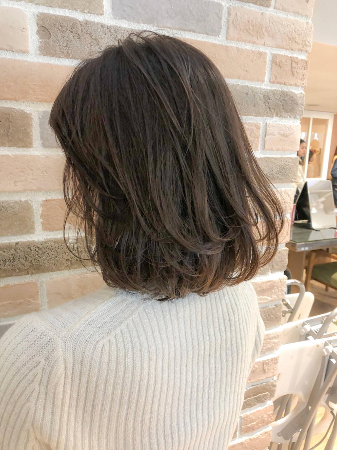 ロブ デート ワンカール オフィスヘアスタイルや髪型の写真・画像