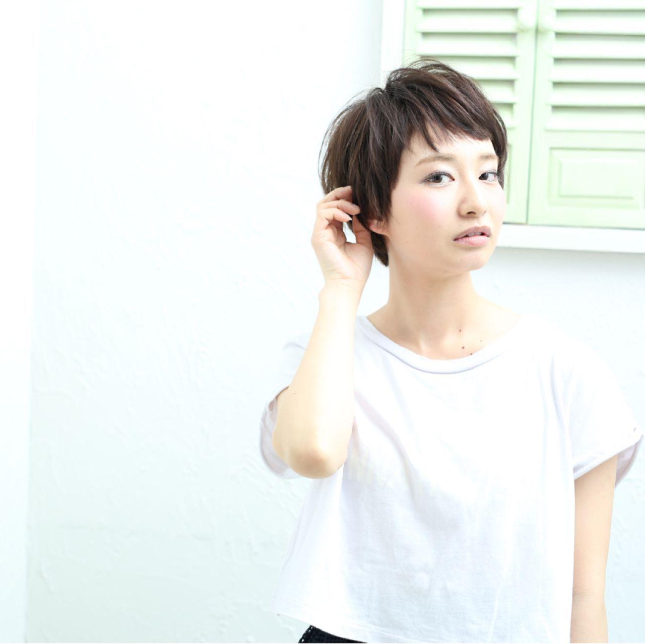 ショート ショートバングヘアスタイルや髪型の写真・画像