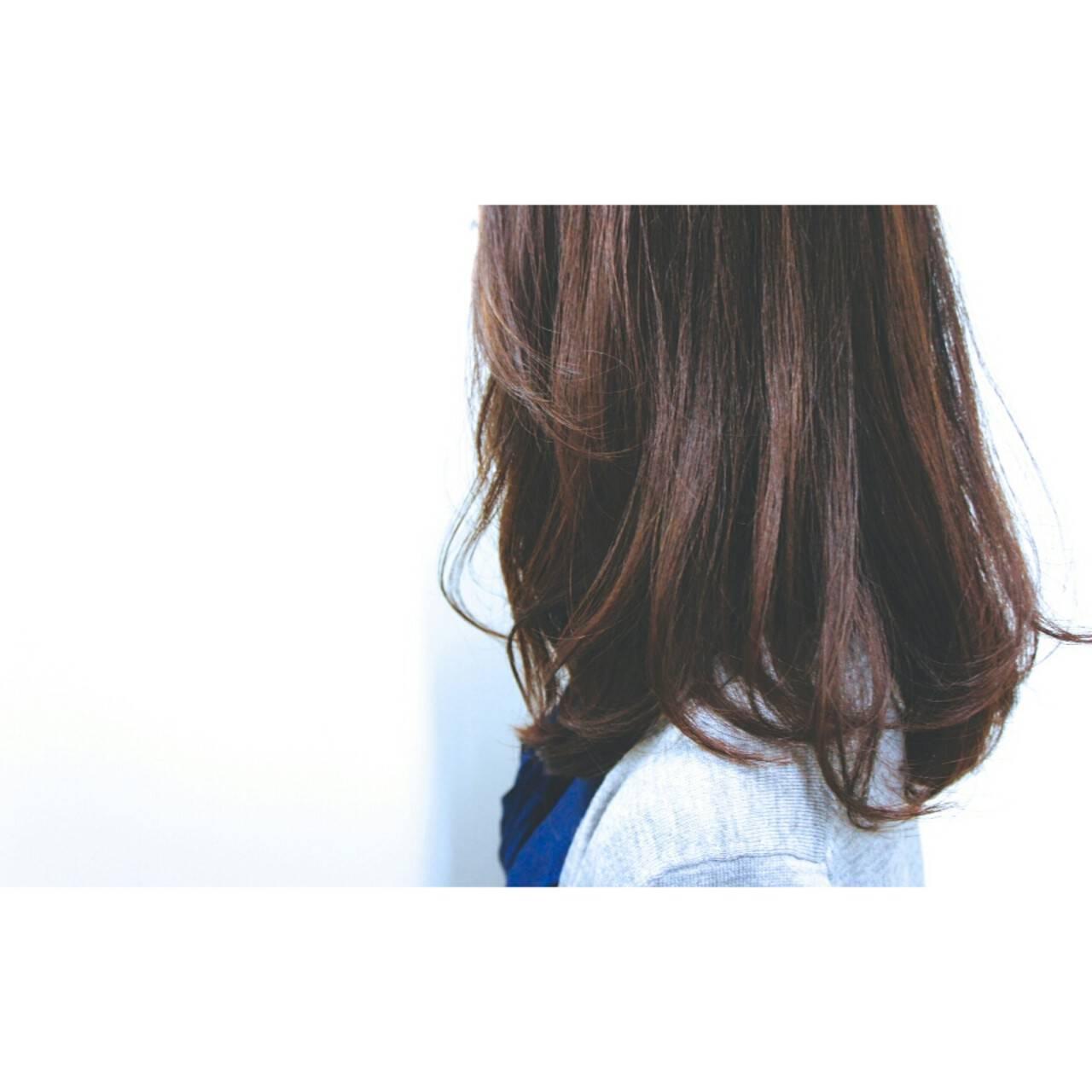 大人女子 フェミニン ニュアンス ナチュラルヘアスタイルや髪型の写真・画像