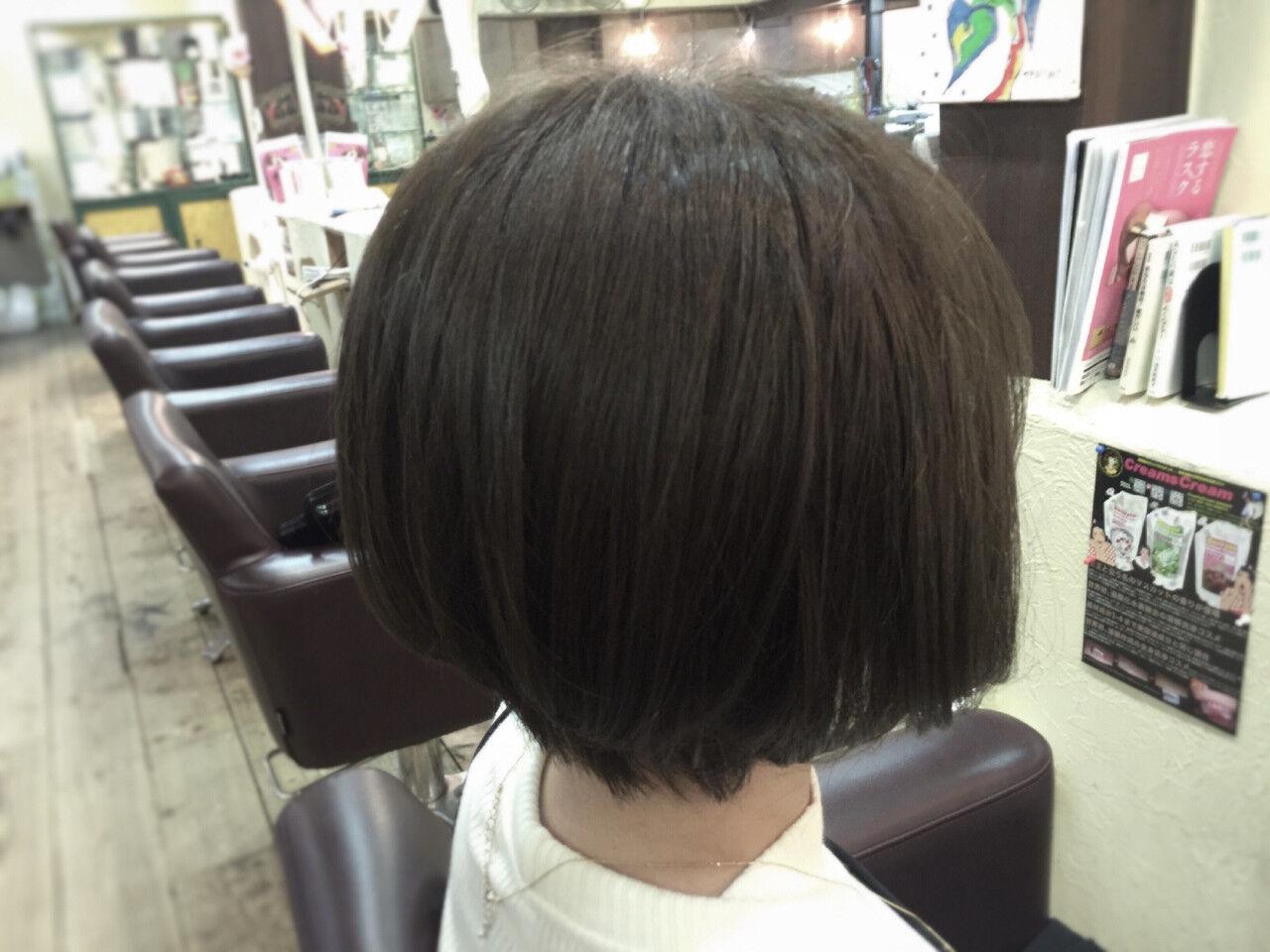 グレージュ アッシュ ナチュラル 冬ヘアスタイルや髪型の写真・画像