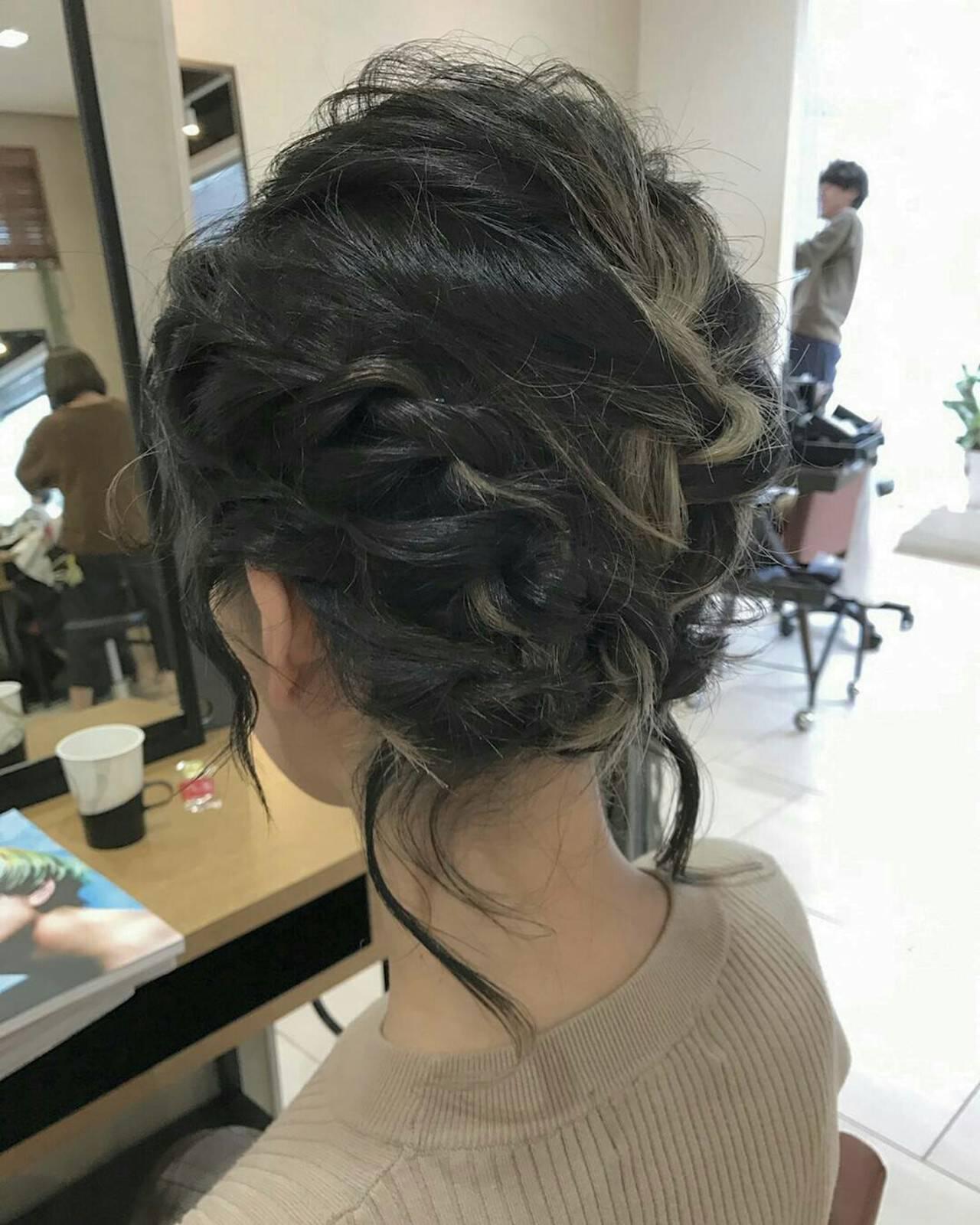 編み込み ミディアム 後れ毛 モードヘアスタイルや髪型の写真・画像